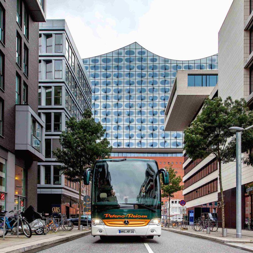 Busreisen Hamburg HH Peters-Reisen ZOB